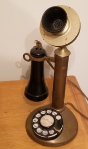 1920s style rotary telephone